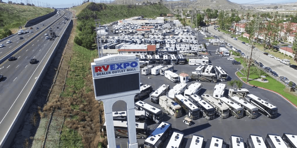 RV Expo: Dealer Outlet Mall