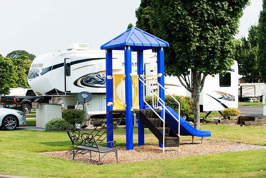 RV parks near Salem, Oregon play structure